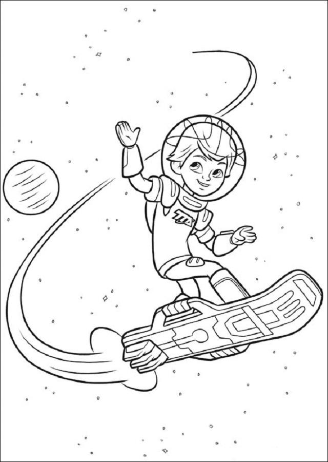 miles es un aventurero del espacio que siempre esta listo para la acción.